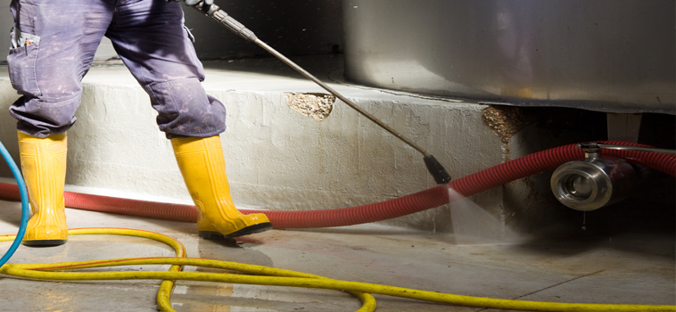High pressure washing service Los Angeles and Orange County.  We remove grease spillage with water recover. dont get fined by the city and let us high pressure wash your restaurant to keep it free from any grease spillage